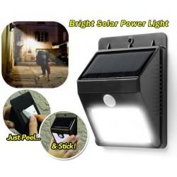 Lampa cu LED si incarcare solara actionata prin senzor